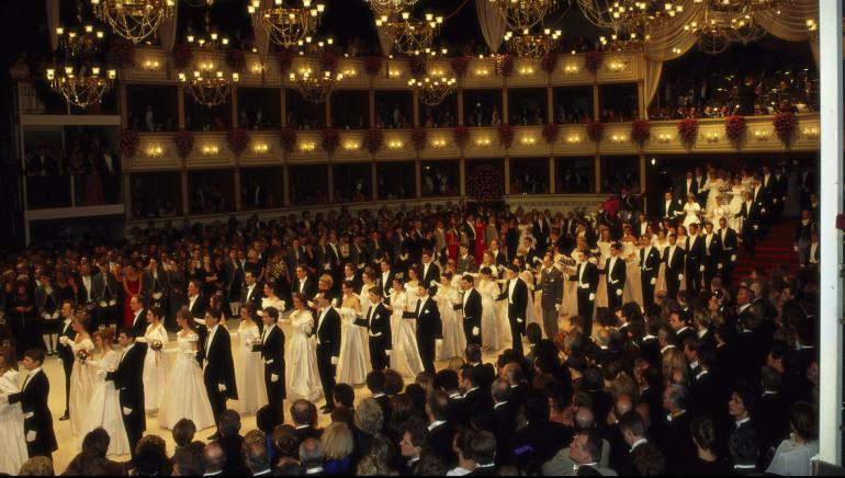 Dos Mujeres Protagonizan El Baile De La ópera De Viena Por Primera Vez En 200 Años Hoy Por Hoy Actualidad Cadena Ser