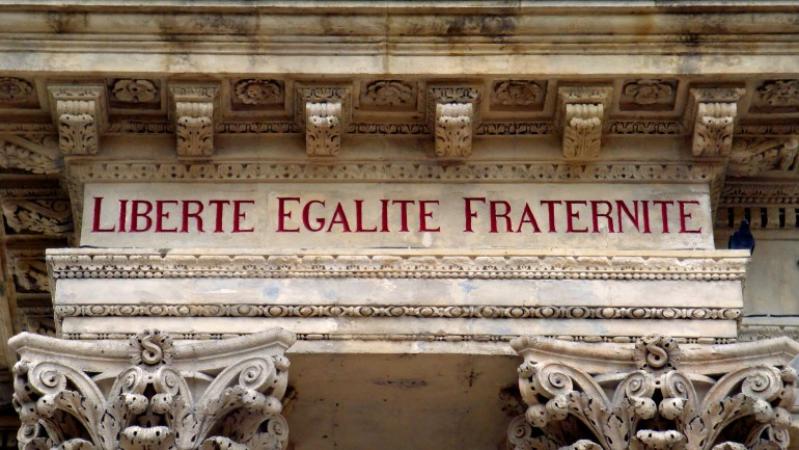 Acontece que no es poco | Francia separa Estado e Iglesia