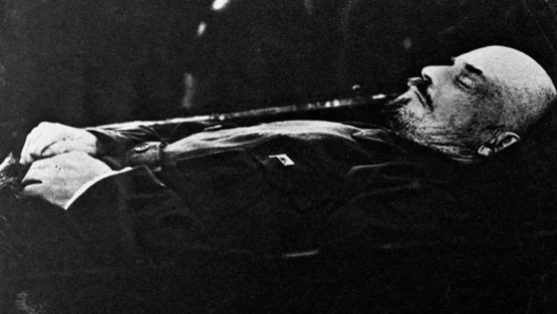 Acontece que no es poco | Muere Lenin