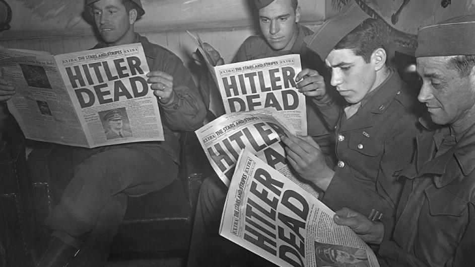 Acontece que no es poco | A tomar vientos Adolf Hitler