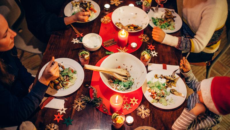 Cómo Tendremos Que Comportarnos En Las Cenas De Navidad Según Una Experta En Medicina Preventiva La Ventana Los Cafeteros Cadena Ser