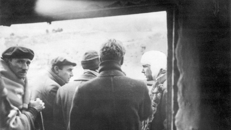 Acontece que no es poco | El comunista condecorado por Franco